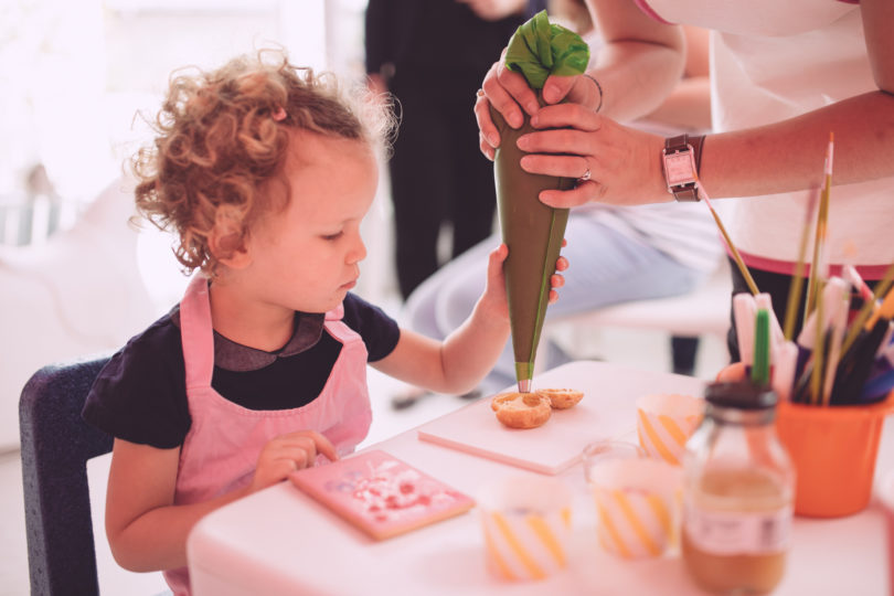 Les petits ateliers pour enfants à la Pâtisserie des Rêves