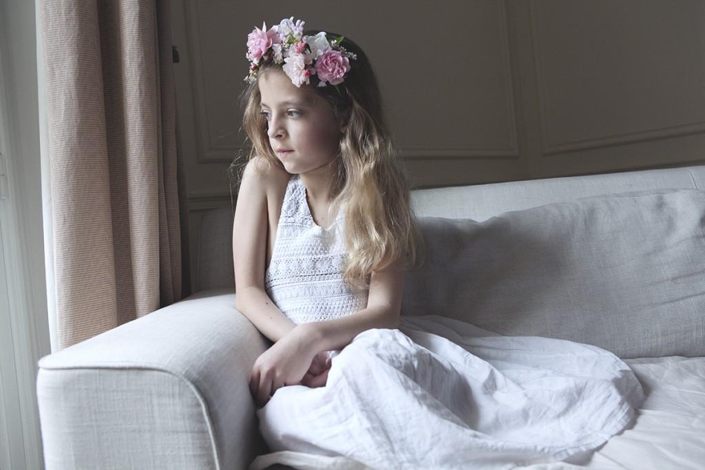 Diy jolies couronnes de fleurs pour petite fille d for Jolies filles s habillent pour les mariages