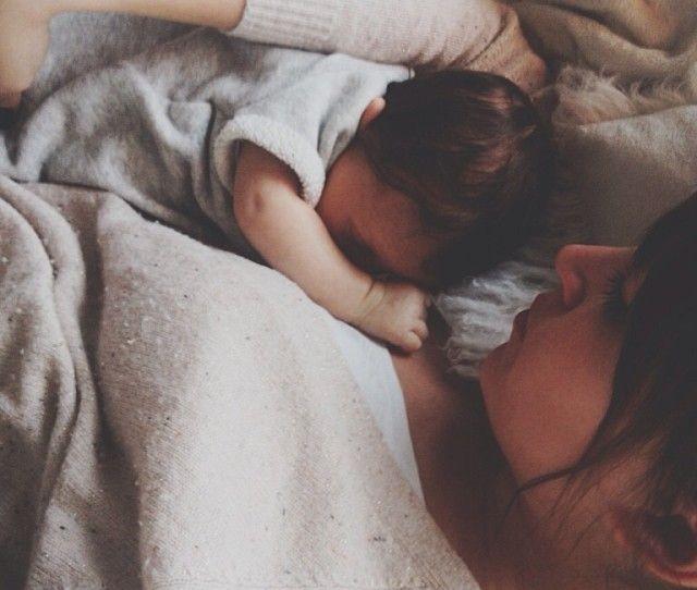 Nos astuces pour les premières nuits avec son bébé à la maison