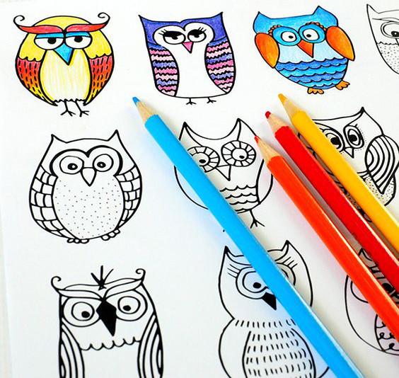 Dessiner, lire, jouer: 5 cahiers d'activités pour les vacances