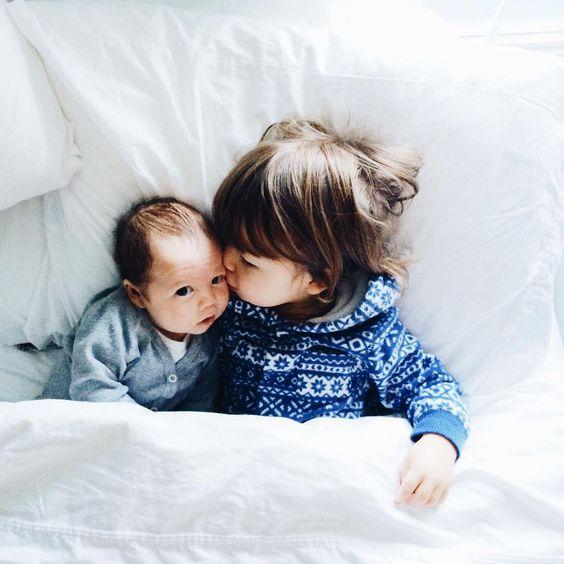 Comment préparer son aîné à l'arrivée d'un deuxième bébé ?