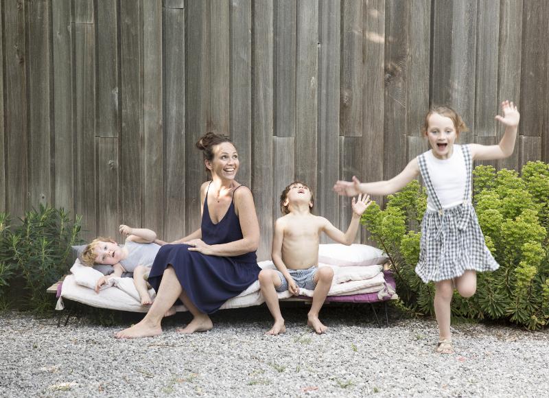 Confidences de maman: le bel été de Julie Sauvage, créatrice de Gabrielle Paris