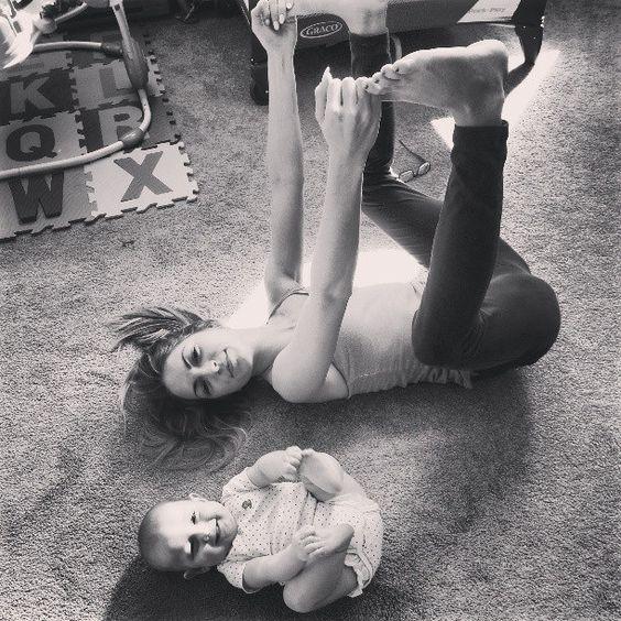 J'ai testé un cours de baby yoga avec mon bébé