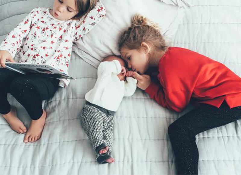 L'enfant du milieu : nos conseils pour l'aider à trouver sa place