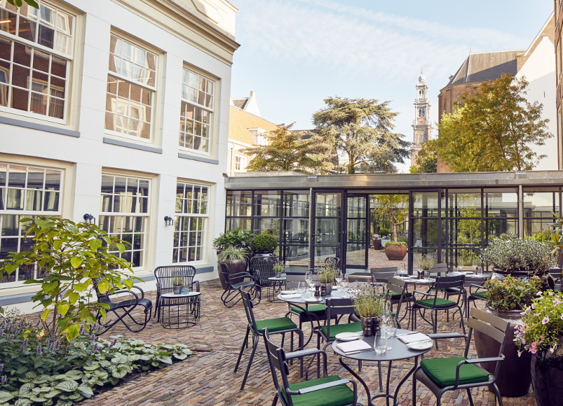 Hotel Pulitzer in Amsterdam: a treasure with a garden on the canals