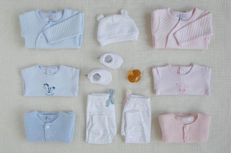 Valise de maternité: composez votre trousseau de naissance idéal