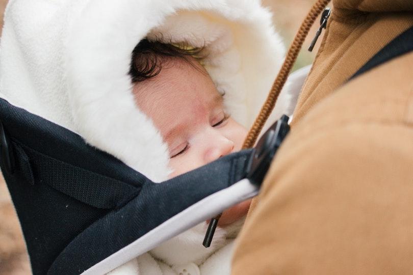 Trousseau de naissance: les essentiels pour ses premières sorties