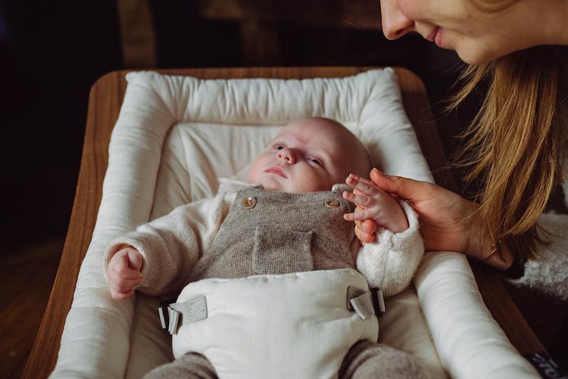 Premier mois: Les conseils deSoniaKriefpour accueillir son nouveau-né en toute sérénité
