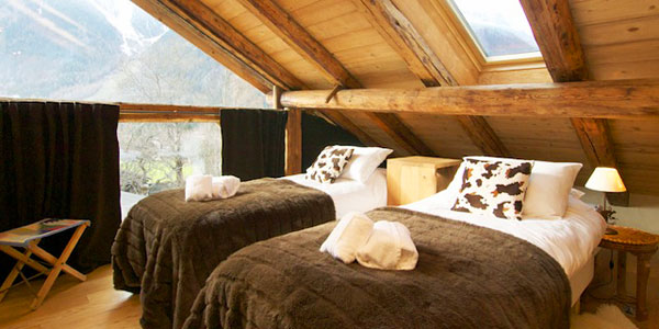 Chalet Bibendum : an award winning chalet to escape to with your tribe