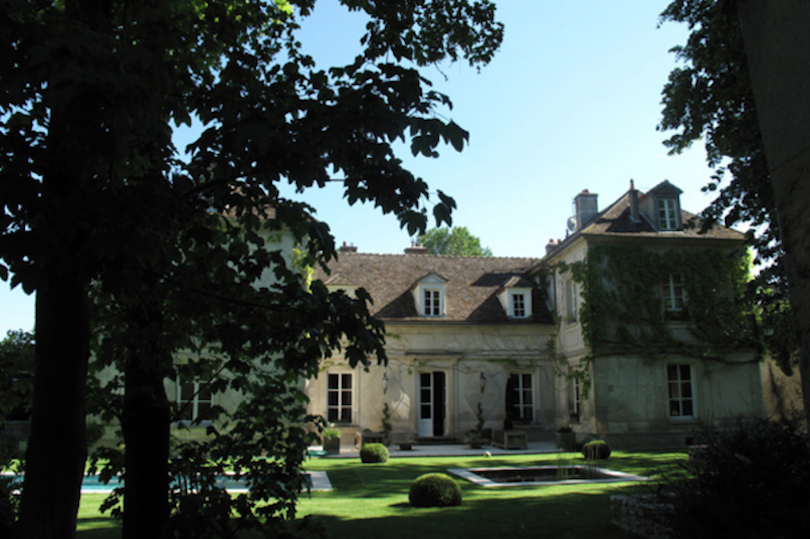 1 hour from Paris awaits an enchanting retreat to The Minotte