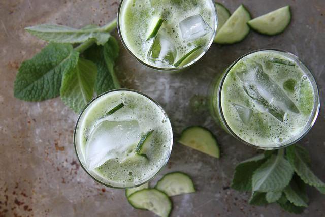 Cinq recettes de cocktails sans alcool pour la grossesse