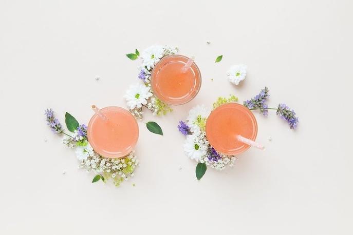 Cinq cocktails de fête sans alcool pour les femmes enceintes