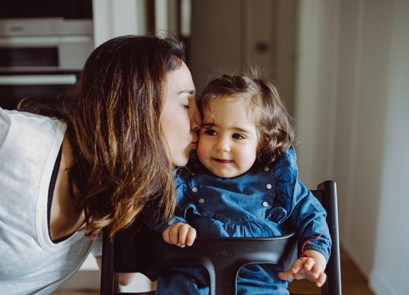 Confidences de maman: la joyeuse tribu d'Elise Hattab, associée chez Louis Louise