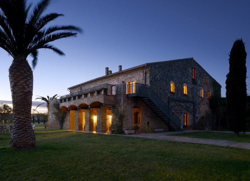 Mas Sant Joan: an intimate club for families on the Costa Brava (Spain)