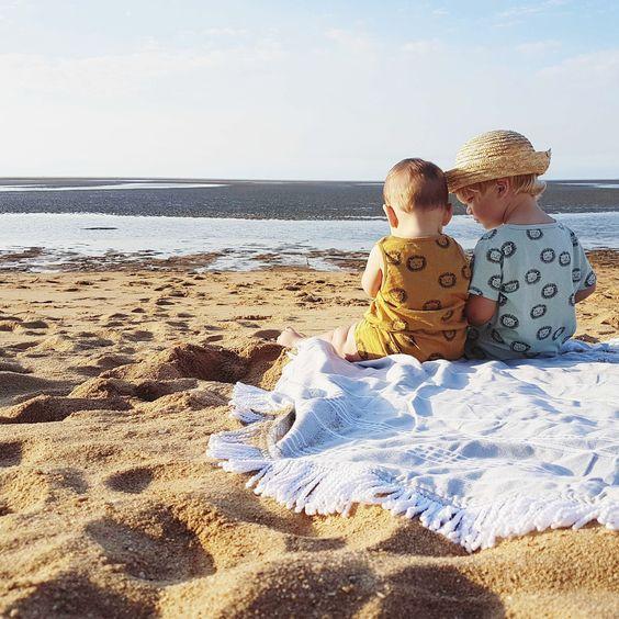 Ces petites règles à fixer avant de partir en vacances avec une baby-sitter