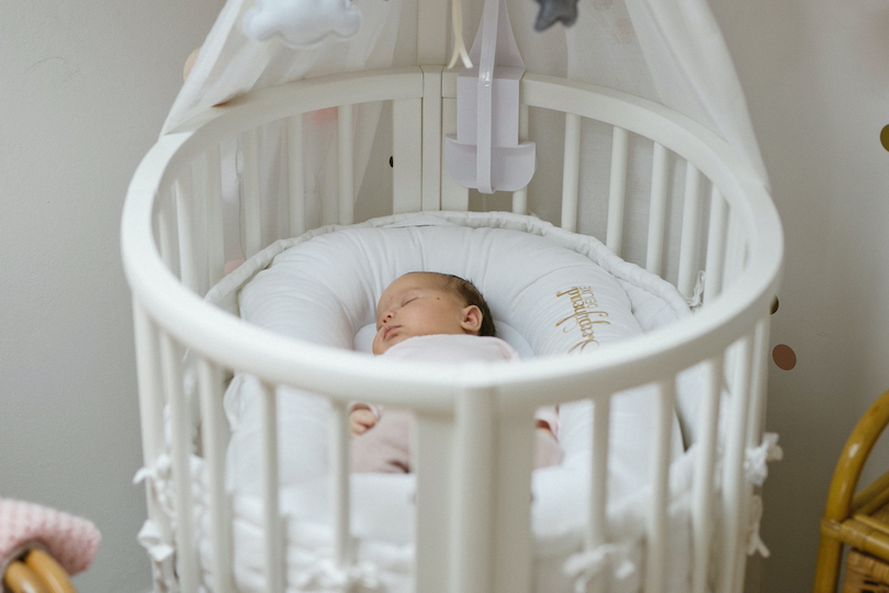 The first nights: advice and tips to help your baby sleep