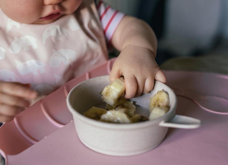 Diversification alimentaire: nos conseils pour ses premiers repas de 0 à 1 an