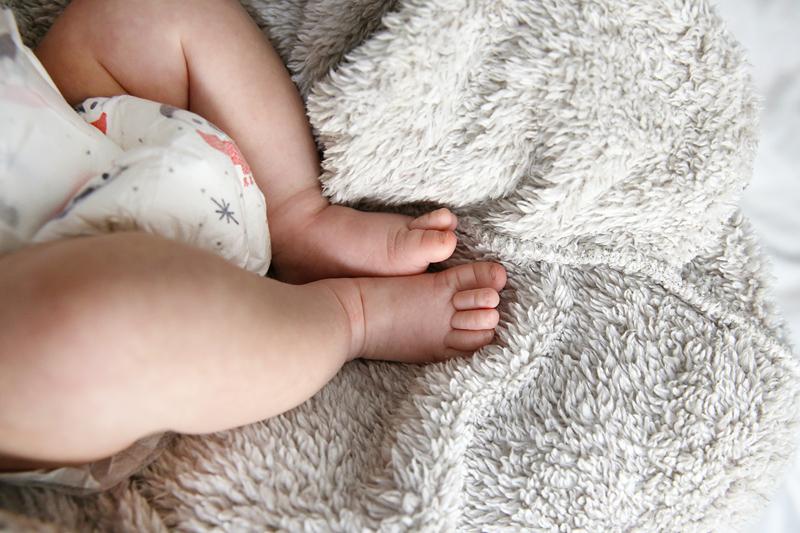 Trousseau de naissance: les essentiels pour la toilette et les soins