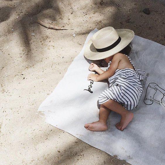 Crème solaire pour bébé: bien choisir sa protection pour l'été