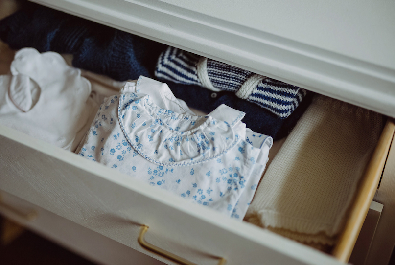 Trousseau de naissance : les essentiels pour habiller son nouveau-né de 0 à 6 mois
