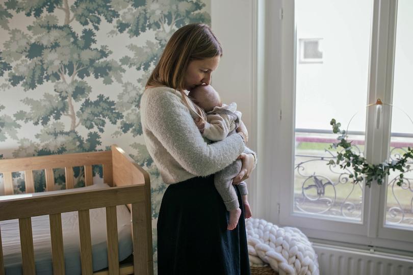 8 accessoires pour simplifier la vie des jeunes mamans