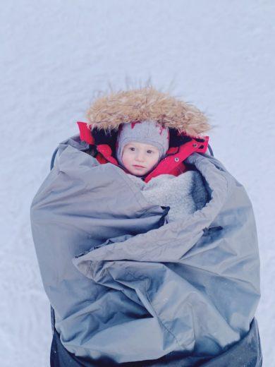 laponie-bebe-neige