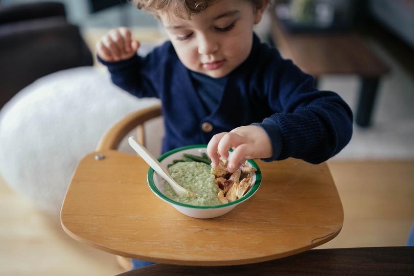 Comment gérer les conflits avec les enfants pendant les repas?