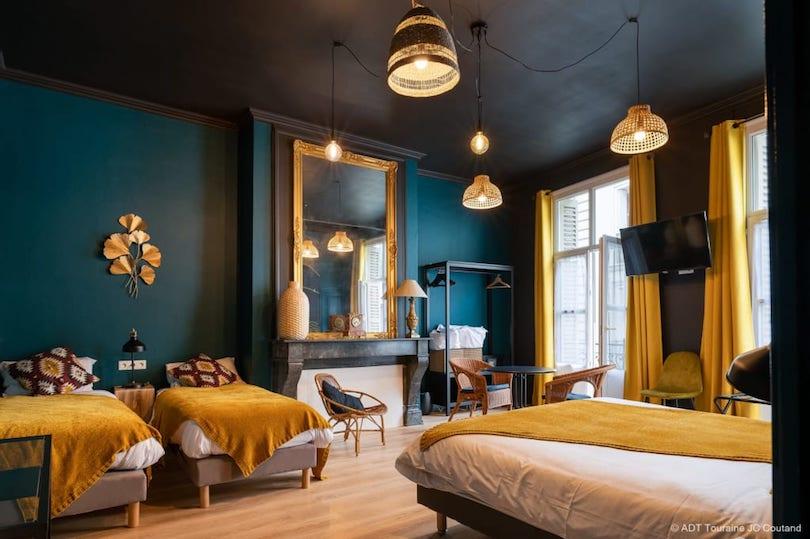 Hôtel du Cygne à Tours: jolie chambre familiale dans le Vieux-Tours