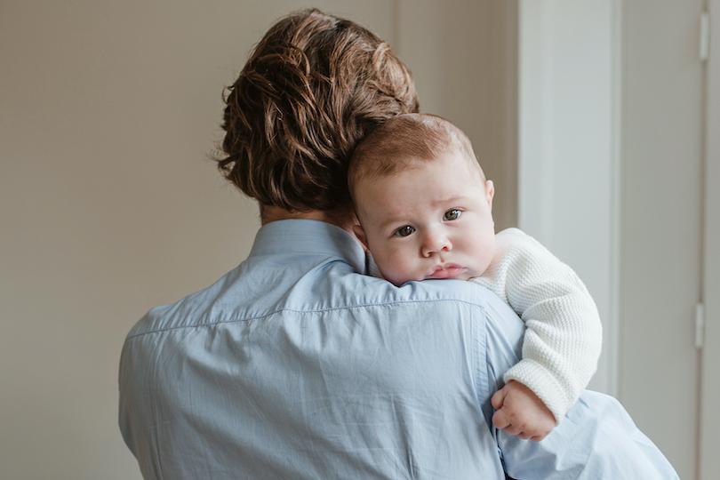 Congé paternité allongé: mode d'emploi pour les papas