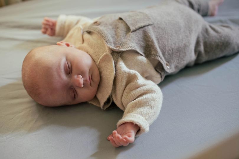 Sommeil du bébé :comment trouver son rythme entre 0 et 6 mois?